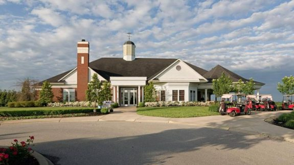 Cardinal Club Country Club – Clubhouse